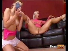 Man vs 2 girl trio feet lick