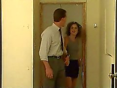 Teen Eva Moore knullas av äldre man