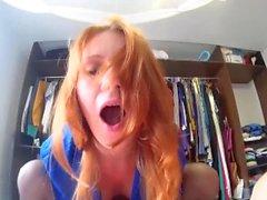 Redhead Teen Tycker Passionate Sex till Facial
