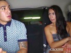 Groupie Slampa Fucks den Homie att träffa henne favorit Rapper