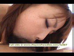 Risa Kasumi unschuldige chinesischen Mädchens Blowjobs und titsjob
