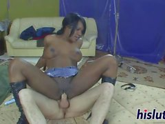 Luscious black honey pleasures a long boner