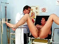 Con suocera Fica Pelosa all'esame ginecomastia in ospedale