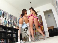 Jeny Baby fisting Shanis - lesbian action by FistFlush
