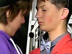 VIDEO GAY E 'una cosa ottima Benjamin arriva cui Est