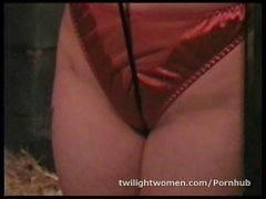 twilightwomen lesbian bondage orgasm and whipping seduction