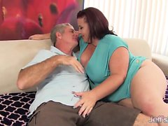 Mature BBW Lady Lynn gets fucked hard