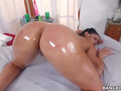 Naked wet booty brunette Diamond Kitty on massage table