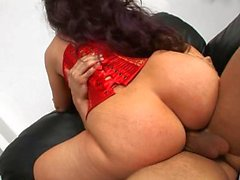 Brunette Pawg licked and fucked