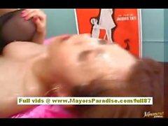 Михо Maeshima Китайская девочка трахает жесткий и получает Сперма