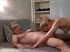 La mujer Maduras Blonde sopla apasionada polla CAM