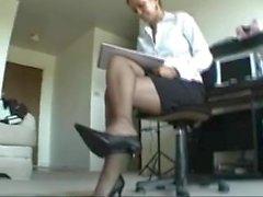 sexy ebony stocking, legs, heels and pretty feet to cum super hard to!!!