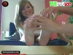 PiErotico tickling Haciendo desatinar a la prima