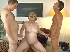 pregnant blonde with glasses amp 3 guys