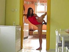 Gymnast Doorway Toy Sticking