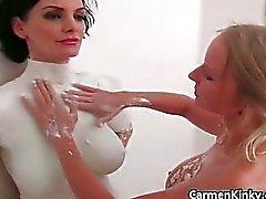 Dirty Carmen skulpterar hennes väninnor Part5
