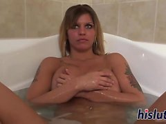 Busty harlot takes a relaxing bath