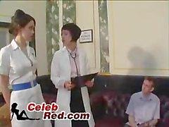 Médecin et infirmière Compte sperme Exemple De Shy Boy un médecin