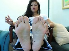 Amazing smooth asian soles Lester from 1fuckdatecom