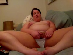 Amateur Brunette Feedee Plays with Herself