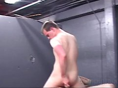 A group of hot men are playing in a sex club.