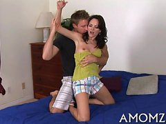 Juicy mom sits down on ramrod and bounces on it like insane