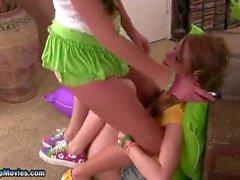 Asslickers lesbiennes Mignon 3