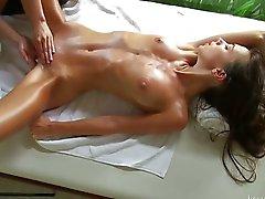 Massage för en ung flicka