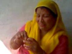 Intian vasta naimisiin kylän bhabhi nautti täysin