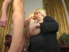 Große Cumshots auf Big Tits 55