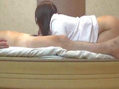 Creampie sexuelle de style arrière de l'infirmière active