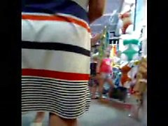 Very big old ass close-up! Amateur hidden cam!