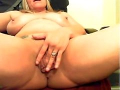 Awesome blonde milf on cam