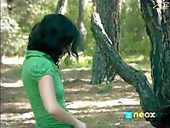 Marta Torne desnuda en el bosque - El Internado