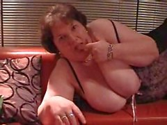 BBW Anne Summers shows off her huge tits and gets her pussy licked