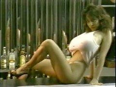 Mega pechugona a Nicole de la del 80