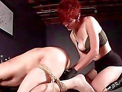 Rop manliga köns slaven få rumpa hål torterade