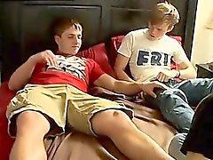 Hombres desnudos viejos pies gay Dos Twinks Servicio A Jock
