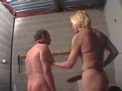 Maitresse mogna avec un soumis