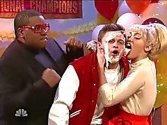Miley Cyrus licks Jon Rudnitsky's face