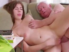 SB3 Teen Gives A Fuck For A Pizza Off Old Man !