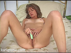 Leggy solo mother i'd like to fuck groans quietly as this babe masturbates