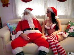 Spizoo - Regardez Jessica Jaymes baiser Père Noël, gros seins
