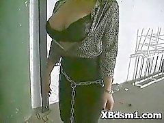 Kinky tyttö BDSM makeout ja toimittaminen