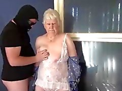 Granny Surprise !