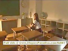 Miyu Хошино Китайская ученица любит быть трахнул из-за