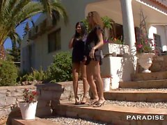 PARADISE FILMS Shy lesbians under the sun