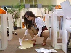 Pretty secretary have fun in the office