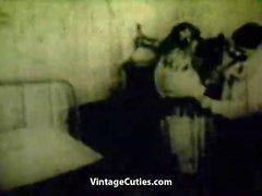 Femme se faire baiser dans un sombrero (années 1930 Vintage)