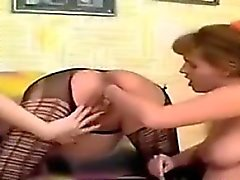 Pregnant Lesbian Gets Her Pussy Fisted